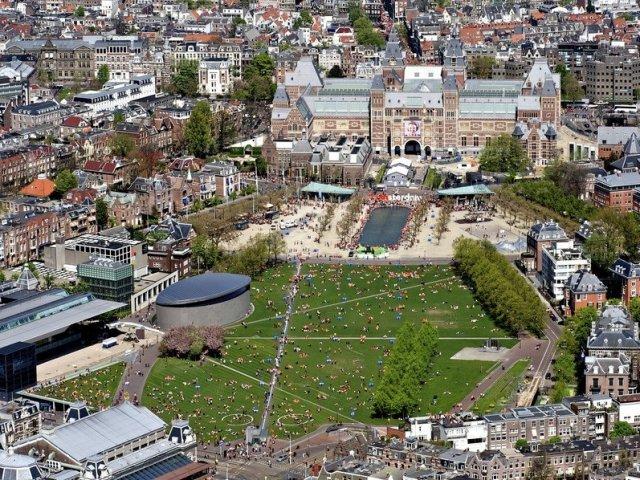 Principais praças em Amsterdã