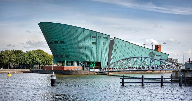 Ir com as crianças no Museu de Ciências Nemo em Amsterdã
