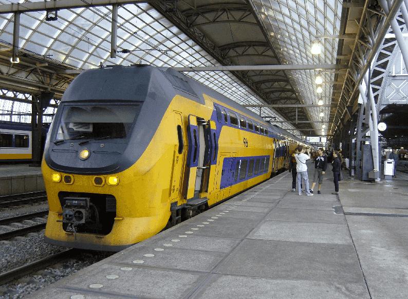 Viagens de trem em Amsterdã e a Holanda