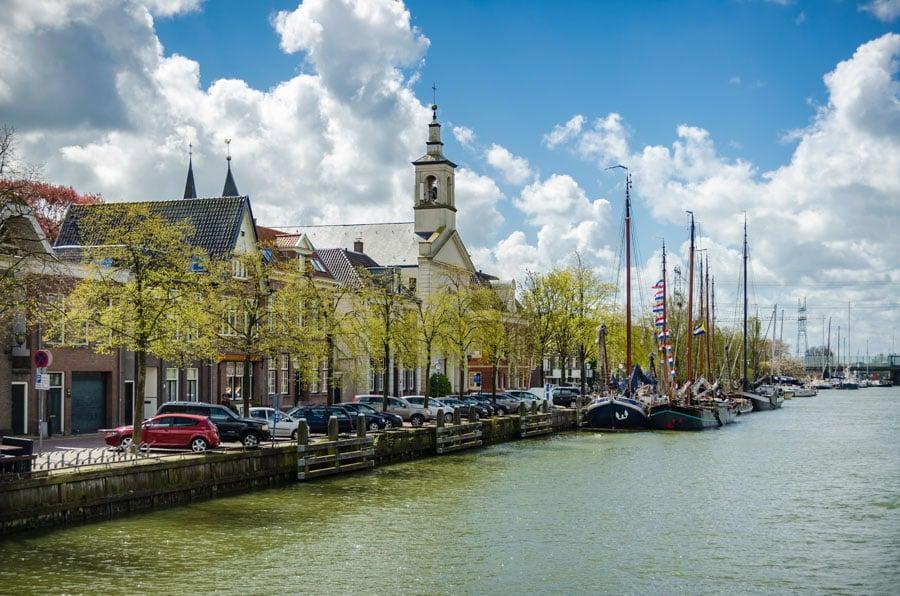 Muiden na Holanda