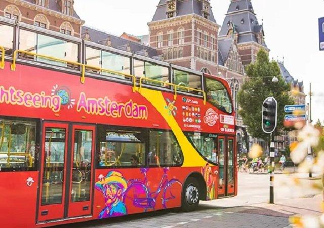 Passeio de ônibus turístico em Amsterdã
