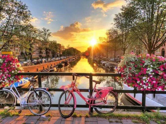 Quanto custa uma passagem para Amsterdã e Holanda