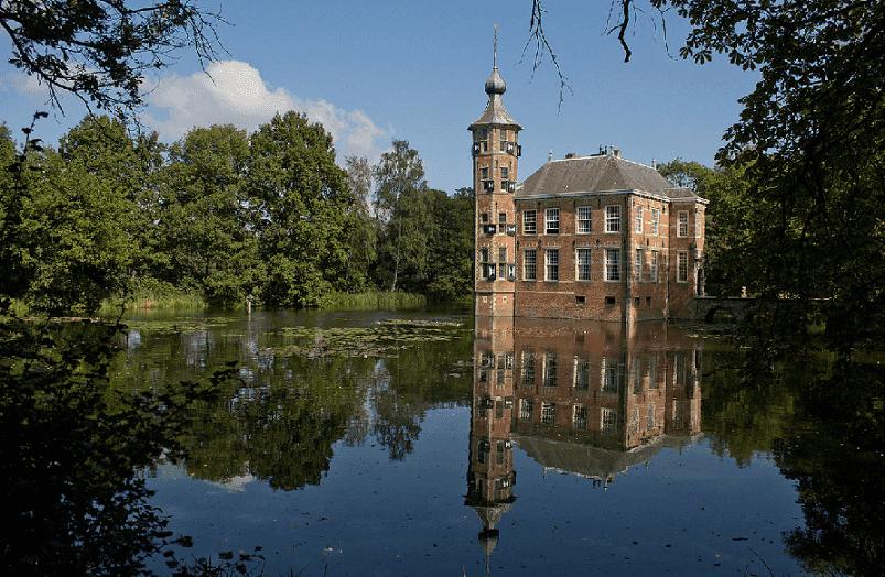 Castelo Bouvigne na Holanda