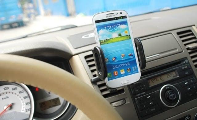 GPS no celular para uma viagem à Europa