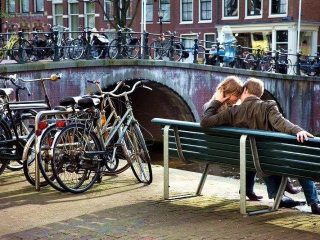 """Banco do """"A culpa é das estrelas"""" em Amsterdã"""