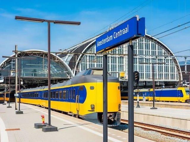 Viagem de trem de Amsterdã a Amersfroot