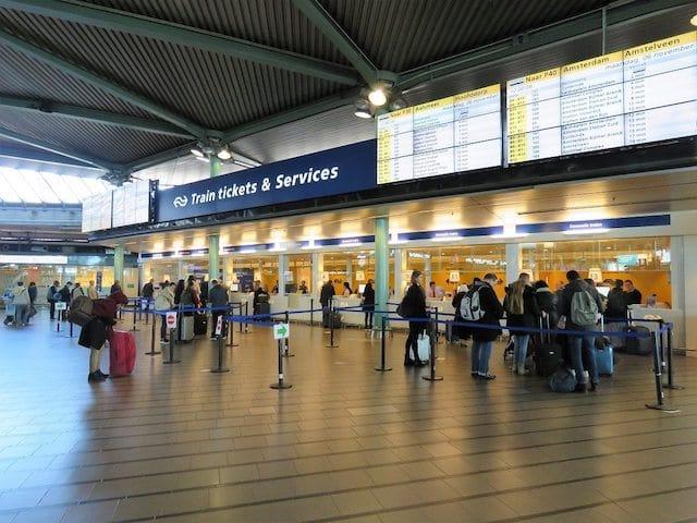De transporte público até o centro de Amsterdã: bilhetes