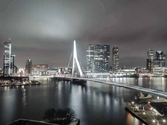Como achar passagens muito baratas para Roterdã