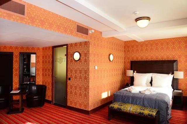 Grand Hotel Amrâth - quarto