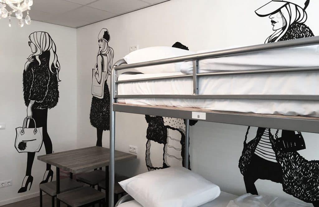 Dutchies Hostel em Amsterdã - quarto